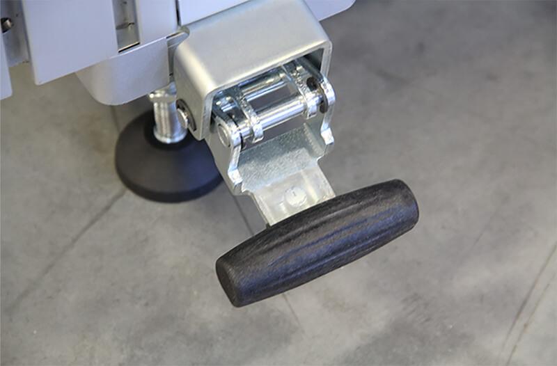 Easy adjusting caster lever